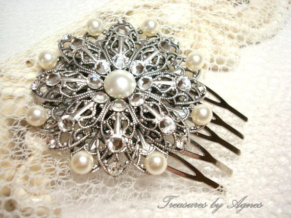 Mariage - Vintage style hair comb,  bridal hair comb, fascinator, wedding hair comb, hair clip, antique silver filigree, Swarovski crystals and pearls