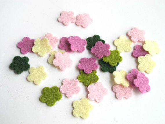 Свадьба - Felt Flowers, Set of 30, Floral Bouquet Story, Pastel Flowers, Die Cut Shapes, Applique, Confetti, Party Supply,  DIY Wedding