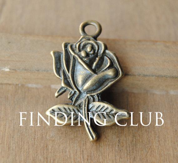 Hochzeit - 10 pcs Rose Charm Vintage Bronze Rose Charm - Flower Pendant Charm A01