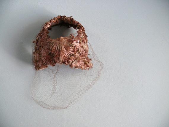 Hochzeit - vintage 1940s 1950s Hat  // Amber petals birdcage veil hat