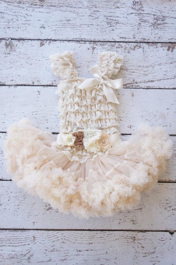 Hochzeit - Flower girl dresses- Rustic Flower Girl, lace flower girl dress, tutu flower girl dress, tutu dress, pettiskirt dress, flower girl dresses