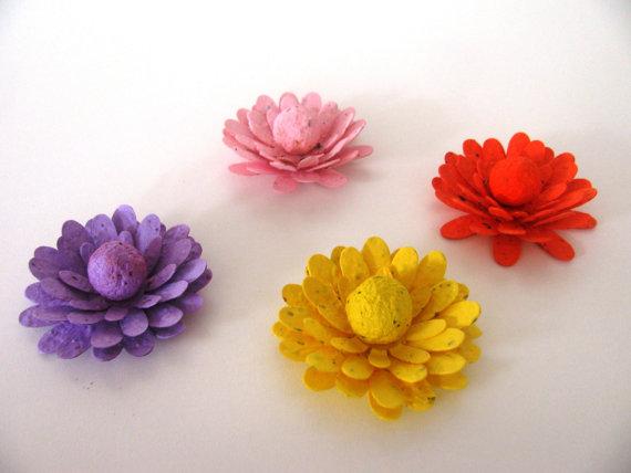 Hochzeit - 100 GERBERA DAISY SHAPED Wildflower blend seed paper flowers