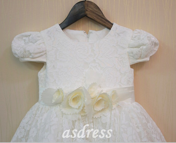 Mariage - Flower Girl Dress - IVORY Short Sleeve Dress with Hand-flower- Easter, Junior Bridesmaid, Wedding - From Toddler to Teen