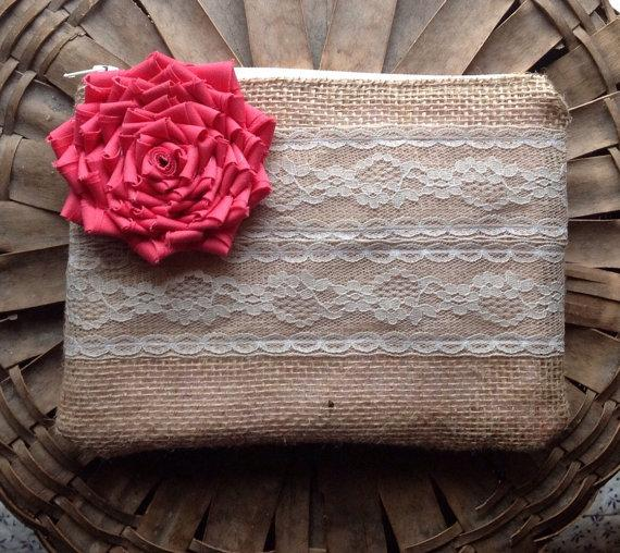 Mariage - Coral Bridesmaid Clutch - Bridesmaid Gift - Rustic Wedding - Coral Clutch - You choose the flower color and lining
