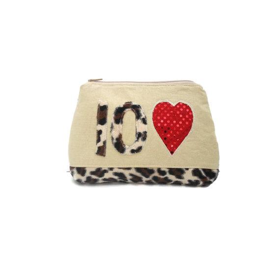 Свадьба - Playing Card clutch bag purse for Las Vegas / Animal Theme Wedding    Unique Playing card favors / gambling pouch  CarolJoyFashions6