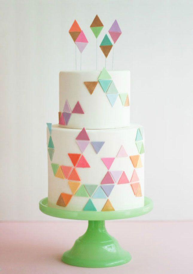 Свадьба - 21 Gorgeous Geometric Cakes For Your Modern Wedding