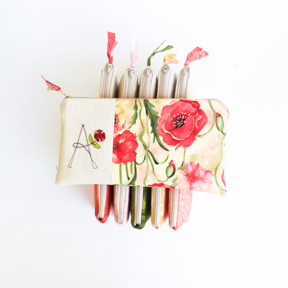 Mariage - Set of 9 Bridesmaid Gifts, Monogram Bridesmaid Clutches, Personalized Wedding Purses, Red Poppy and Green MADE TO ORDER by MamaBleuDesigns