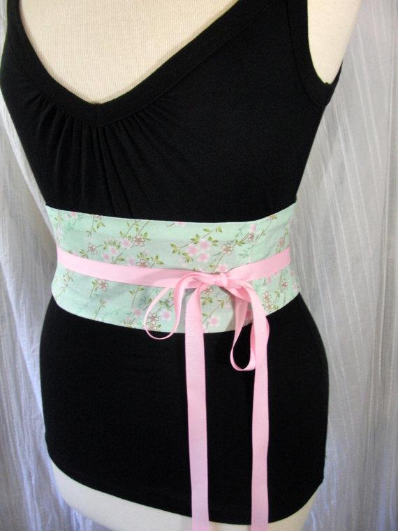Mariage - Obi Corset Belt Cherry Blossoms Calico Waist Cincher Lace Up SAMPLE SALE Sm