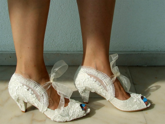 """Mariage - Embroidered Lace Bridal Shoes with Pearls in Ivory,2 3/4""""Heels Peep Toes- Elegant Wedding Shoes"""