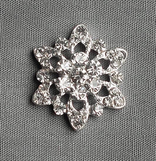 Mariage - 5 Round Circle Diamante Crystal Rhinestone Button Hair Flower Clip Wedding Invitation Scrapbooking Bouquet Jewelry BT028