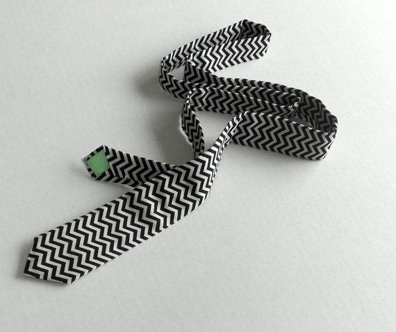 Свадьба - Black and White Chevron Tie - Skinny or Standard - Men's, Youth, Teen, Tween