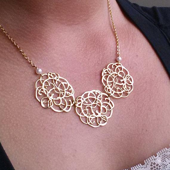Свадьба - Statement Necklace, Bib necklace, Bridesmaid Gifts, Choker, Wedding Jewelry, Gold Necklace, Bridal Jewelry, Holiday Gift