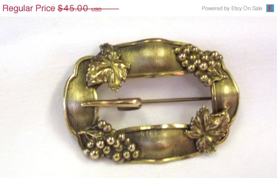 Mariage - ON SALE, Antique Jewelry, Sash Pin, Buckle Style Brooch, Costume Theatrical, Wedding Accessory