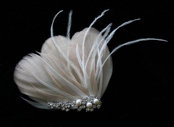 Wedding - Bridal Feather Fascinator, Bridal Hairclip, Wedding Head Piece, Wedding Hair accessory - BLUSH