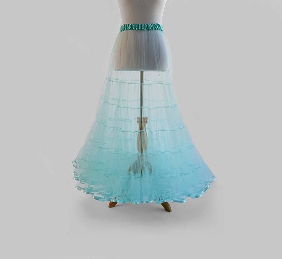 Hochzeit - Lightweight 50s 5-Tier Tulle Crinoline Petticoat  - Full Length