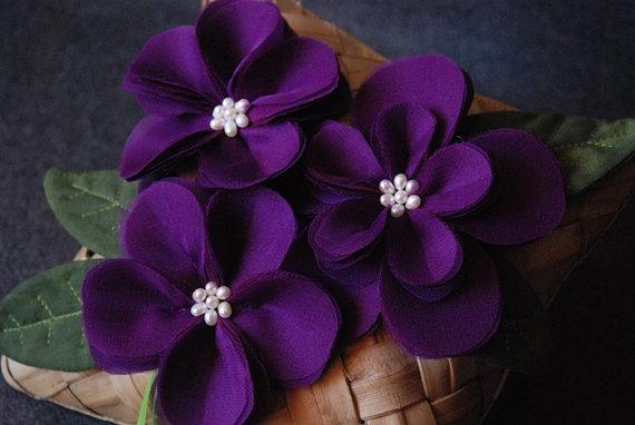 زفاف - Wedding Ring Pillow - Banana Leaf Ring Bearer Pillow With Handmade Purple Flowers and Leaves -  Gabrielle