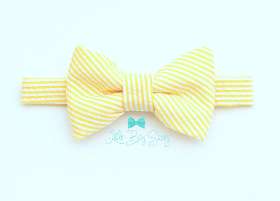 Mariage - Baby Boy..Pale Yellow Bowtie..Ring Bearer Bow Tie..Suspenders..1st Birthday..Ring Bearer..Wedding..Kids Bow Tie..Baby Boy Photo Prop