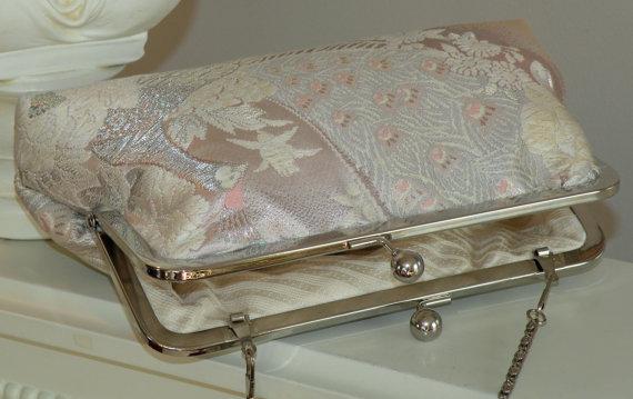 Свадьба - Bridal Pink Peacock Purse/Bag/Clutch Wedding Gift..White&Silver Feathers/Florals on Blush..Silk Kimono Obi..Free Monogram