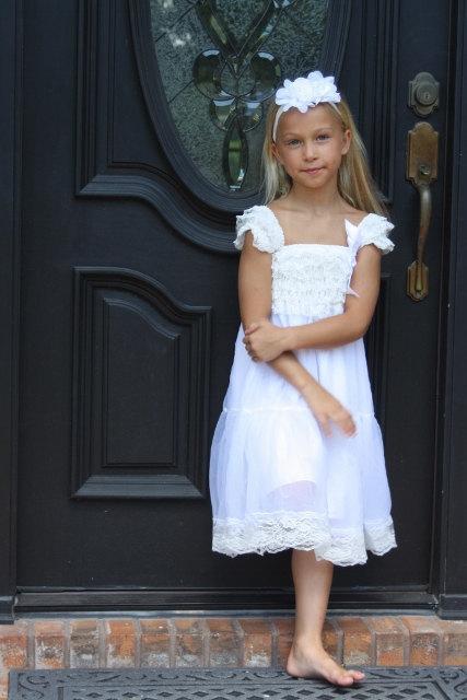 Mariage - White Chiffon Girls Dress- Flower Girl Dresses- Cream dress- Lace dress- Rustic Girls Dress- Baby Lace Dress- Junior Bridesmaid