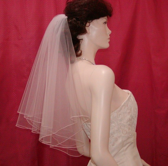 Hochzeit - Circular Cut Bridal Veil in WHITE  / Elbow length and finished with a delicate Pencil Edge