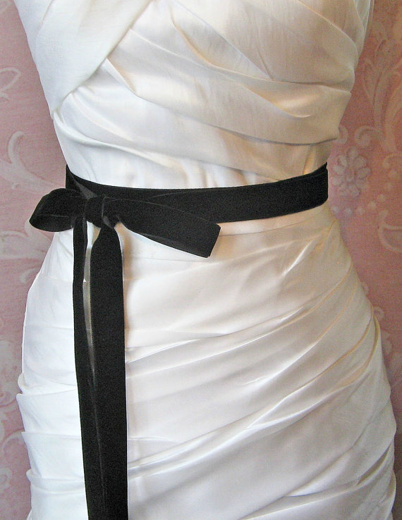 9e8ef8f48671 Black Velvet Ribbon, 1 Inche Wide, Black Ribbon Sash, Black Bridal Sash,  Wedding Belt, 4 Yards