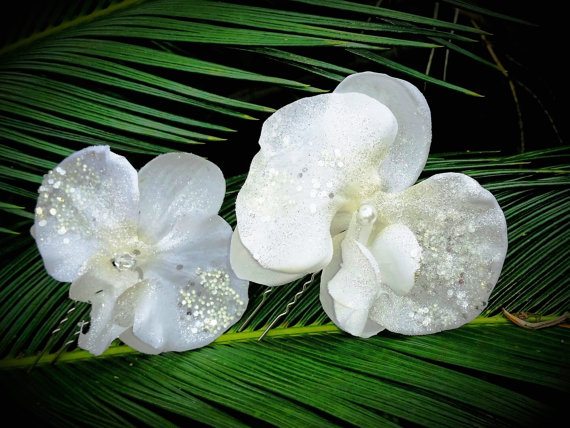 Bridal hair flower hawaiian white orchid tropical hair clip silk bridal hair flower hawaiian white orchid tropical hair clip silk flowers wedding accessory flower headpiece pearl centerbeach wedding mightylinksfo