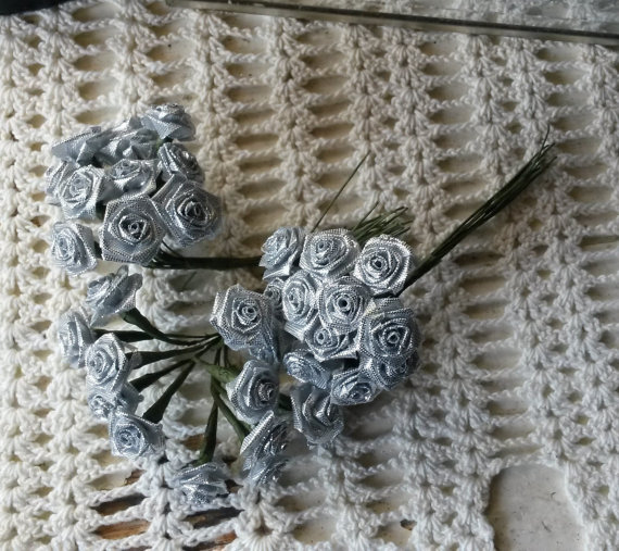 Свадьба - Silver flower picks fabric metalic flowers roses wired stems millinery Silver wedding craft supplies silver floral mini bouquet roses