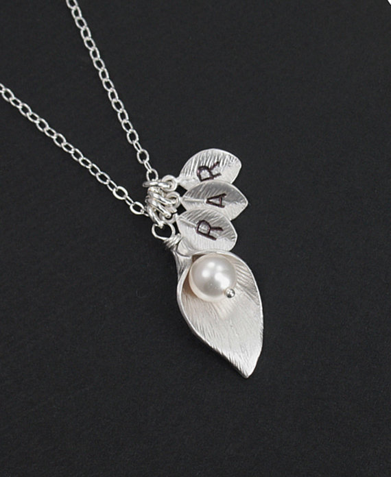 Hochzeit - Silver Personalized Callas Lily Necklace,Custom Letter, Bridal, Anniversary, Mother's day Gift. Simple EverydayJewelry