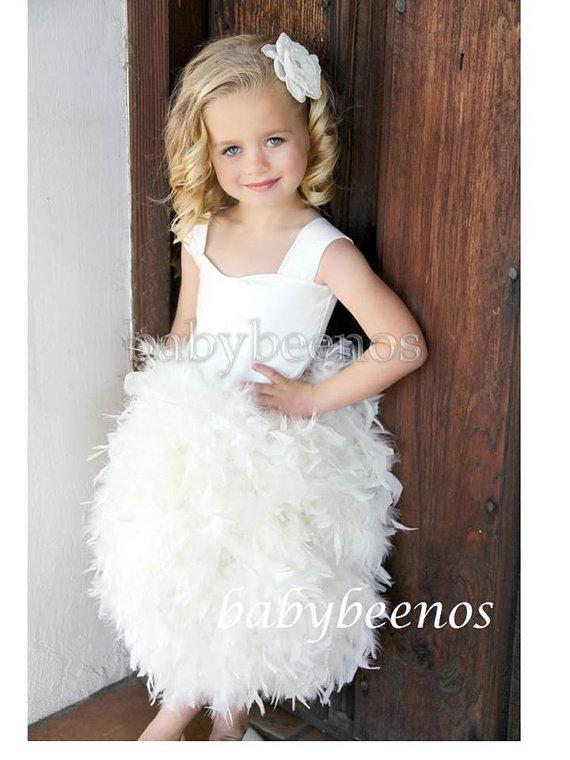 Свадьба - Flower Girl Dress, Flower girl Dress, Feather Dress, Ivory Girls Dress - LILY - Feather Flower girl dress, White flower girl dress