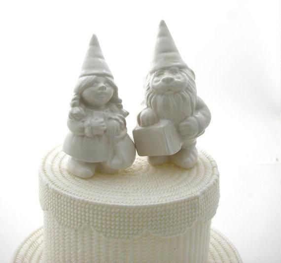 زفاف - Wedding Cake Topper gnomes, can be personalized