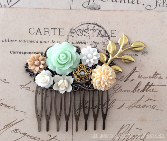 Свадьба - Wedding Bridal Accessories Mint Green Ivory Cream Gold Hair Comb for Bride Floral Collage Vintage Style Romantic Flower Statement Headpiece