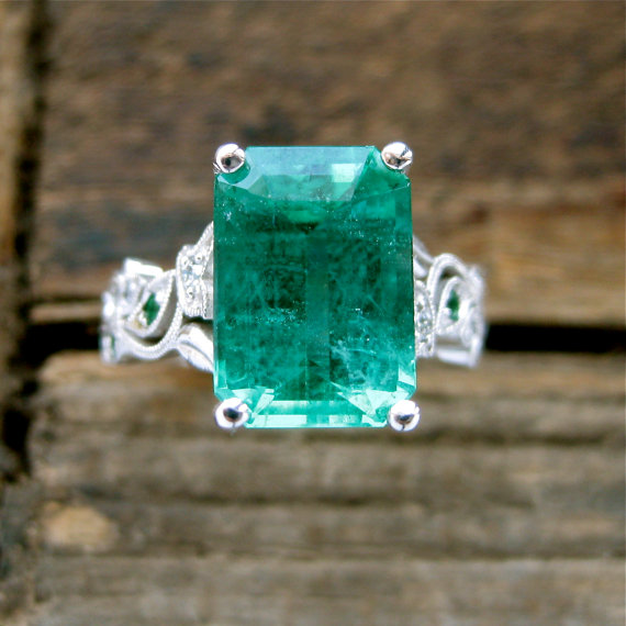 Mariage - Large Emerald Engagement Ring in 14K White Gold with Diamonds Small Emeralds and Fine Scroll Work Size 5 - Reserved for RYAN - Installment