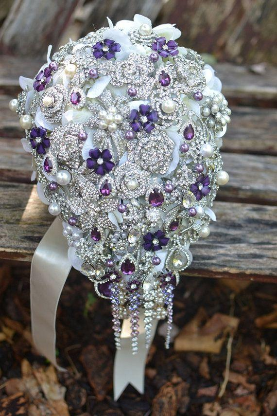 Mariage - Deposit On Purple And Pearl Cascading Brooch Bouquet -- Made To Order Brooch Bouquet