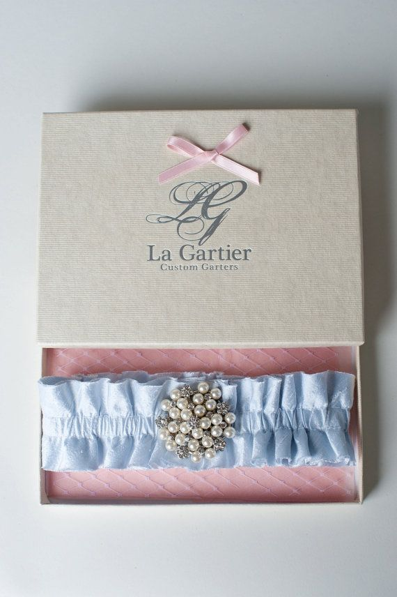 "Hochzeit - Wedding Garter Blue Pearl Silk Rhinestone Brooch ""Pierce"""