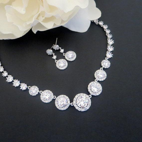 زفاف - Wedding necklace SET, Crystal Bridal necklace, Crystal Bridal earrings, Wedding jewelry SET, Halo necklace, Halo earrings,