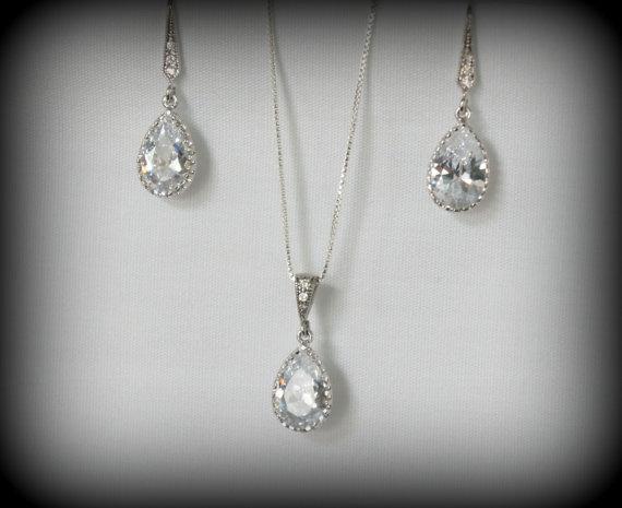 Свадьба - Crystal Bridal Jewelry Set, Bridesmaid Jewelry Set, Crystal Pendant and Earrings, Wedding Jewelry, Bridal Necklace