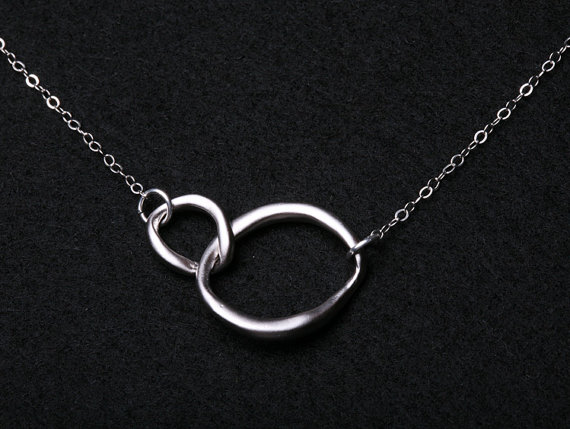 Mariage - Circle Necklace,Interlocking Circle,Sterling silver,Eternity Love circle,Best friedns,Family Friendship,Simple Daily Jewelry Necklace