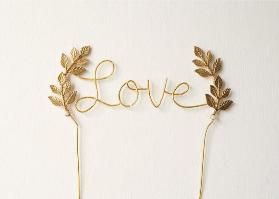 Mariage - Gold love wedding cake topper, Cursive love gold cake topper, Leaf cake topper, Rustic chic wedding, Woodland, Calligraphy cake topper