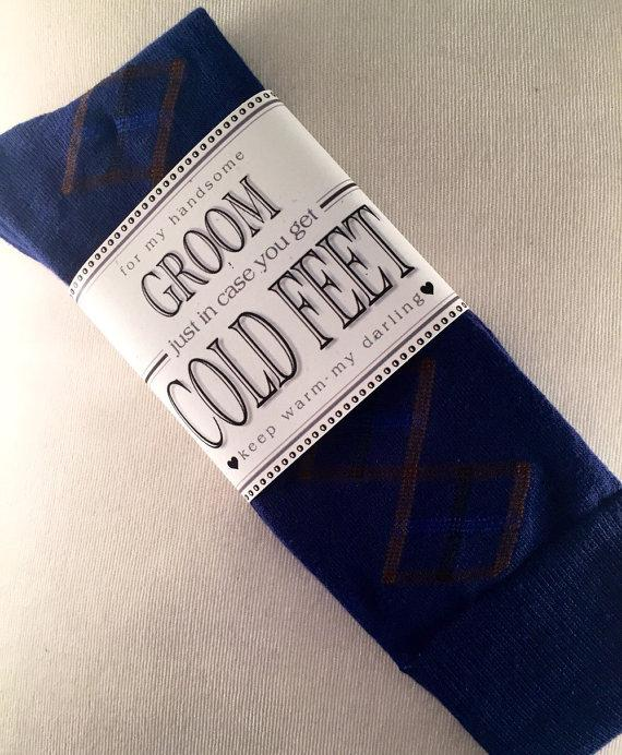 """Mariage - Fabulous Groom's Wedding Gift From Bride Bold Blue Diamond Design Socks & Label """"Just In Case You Get Cold Feet""""! + Optional """"I Do"""" Stickers"""