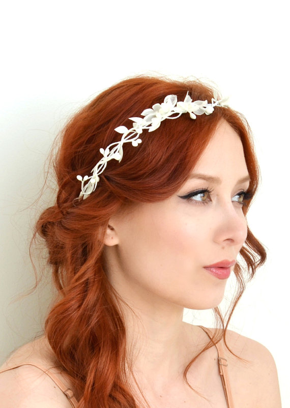 Dainty white flower crown bridal headband whimsical wedding crown dainty white flower crown bridal headband whimsical wedding crown floral crown mightylinksfo