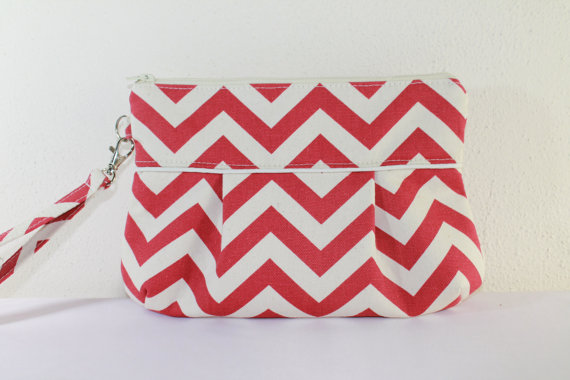 زفاف - Red Chevron Pleated Clutch Zipper Purse Wedding Clutch Bridesmaid Gift