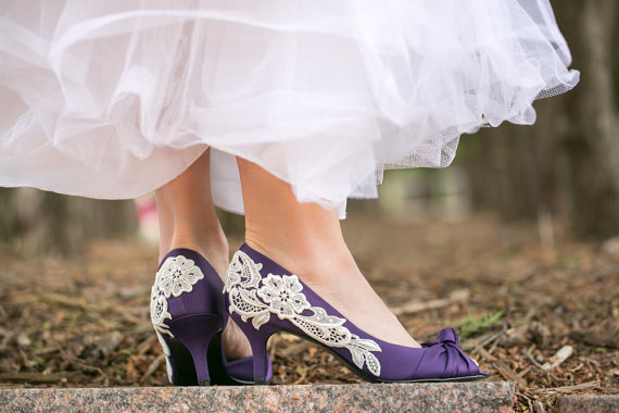Свадьба - Wedding Shoes - Low Purple Heels, Purple Bridal Shoes with Ivory Lace. US Size 10