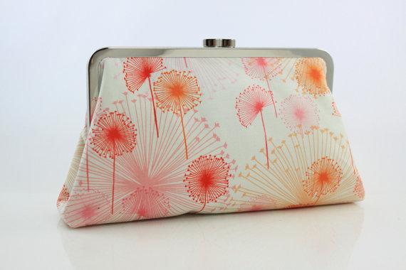 زفاف - Coral & White Dandelion Bridesmaid Clutch / Wedding Gift / Wedding Purse - the Christine Style Clutch