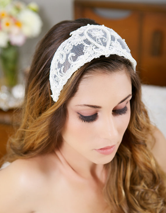 Свадьба - Vintage Lace Headband, Lace Crown, Tiara, Ivory Pearl Headpiece, Great Gatsby Wedding, Princess Grace - STYLE 021
