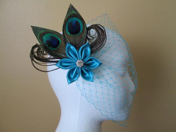 Mariage - Peacock Wedding Fascinator, Turquoise Bridal Hair Flower, Teal Blue Wedding Head Piece w/ Turquoise Birdcage Veil