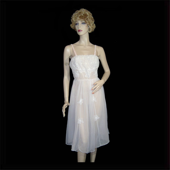 Свадьба - 1950s Schiaparelli white double chiffon slip dress ~ Small / Medium - 36 - with pink velvet and lace