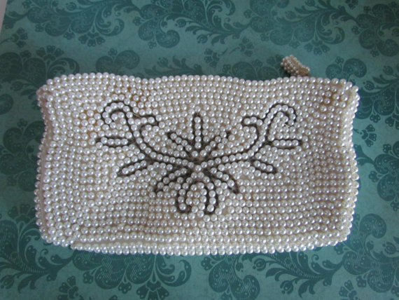 Mariage - Antique Beaded Clutch Bag White Pearl Beaded Purse Bags Bridal Clutches Art Deco Wedding 1920s 1930s Bridesmaid Clutch