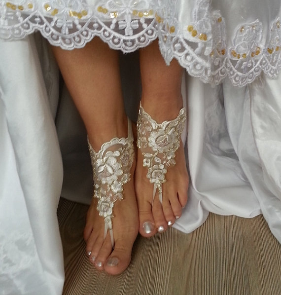 Wedding - ivory gold frame Beach wedding barefoot sandals, Ivory Barefoot Sandals, Sexy, Yoga, Anklet , Bellydance, Steampunk, Beach Pool