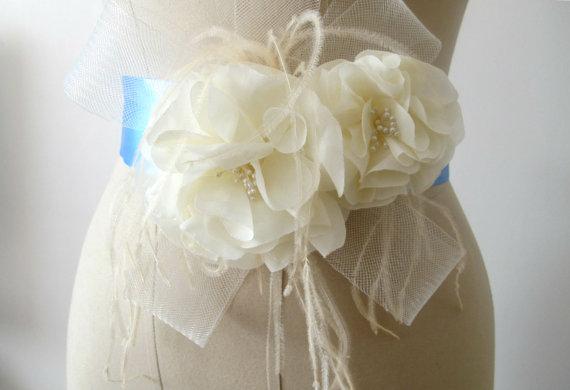 Hochzeit - Ivory Flower  Belt Bridal Wedding Sash with Feathers Bridal Belts sashes