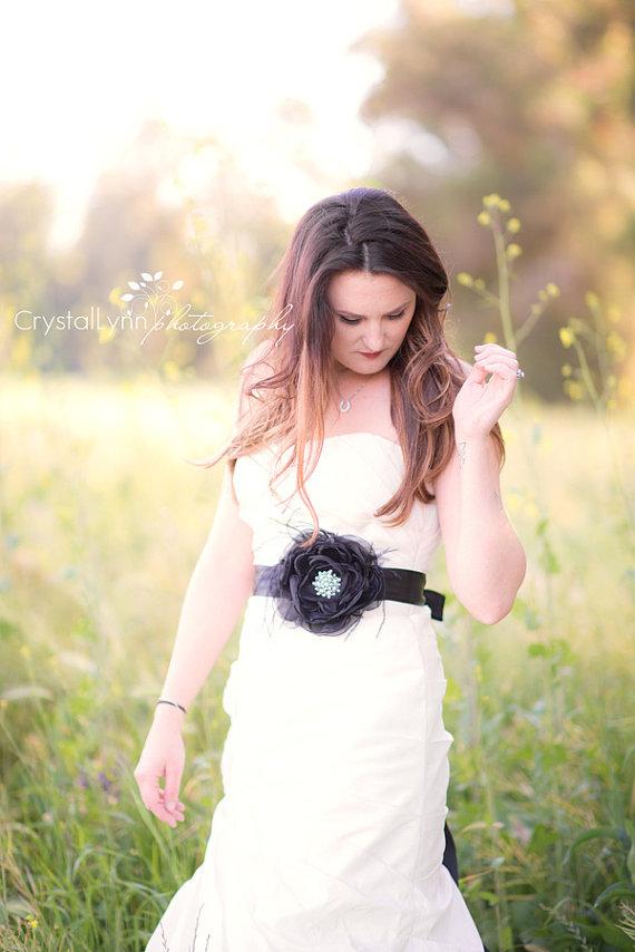 Mariage - Black sash Black flower sash Bridal sash Wedding sash Bridal belt Wedding belt Rhinestone sash Wedding dress sash Black organza sash Satin